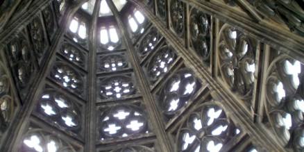 Spitze eines Turmes vom Kölner Dom
